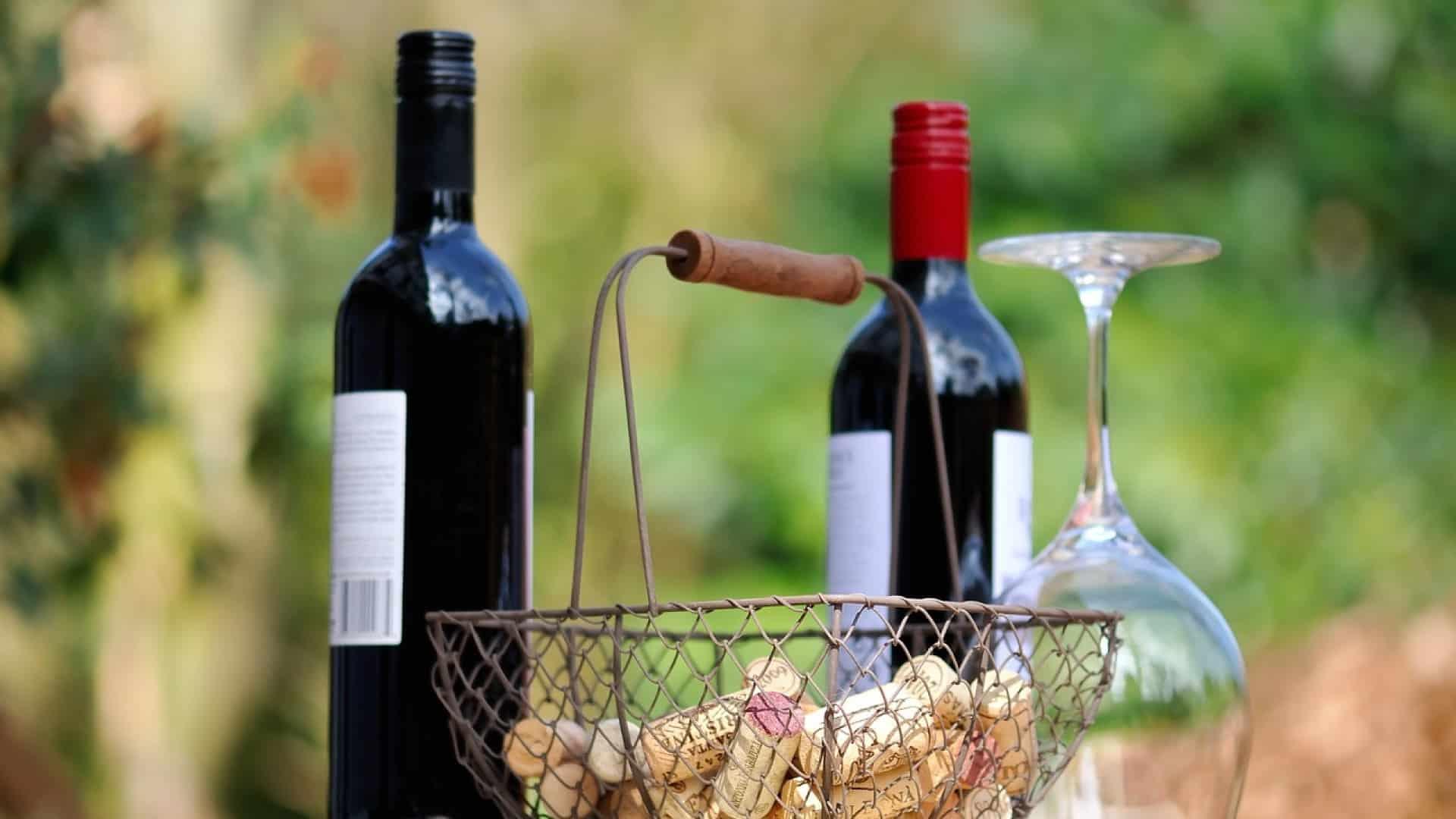 La box vin, la meilleure réponse au confinement et aux débits de boissons fermés ?