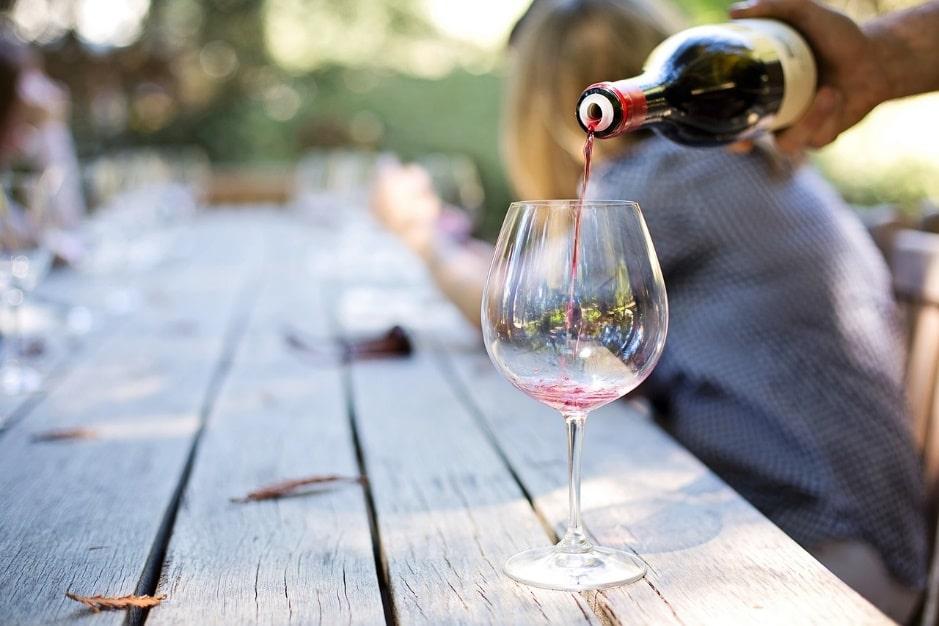 Se former afin de se convertir dans le secteur du vin